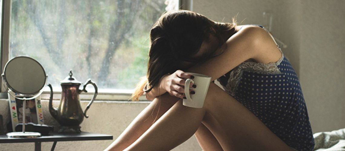 woman-despair-thinking